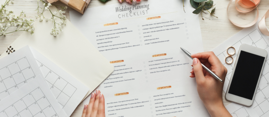 Five Crazy Tips to Keep Up With Your Wedding Budget